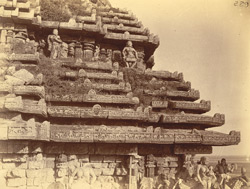Close view of right half of west façade and roof of the mandapa of the Surya Temple or Black Pagoda, Konarka 1003347